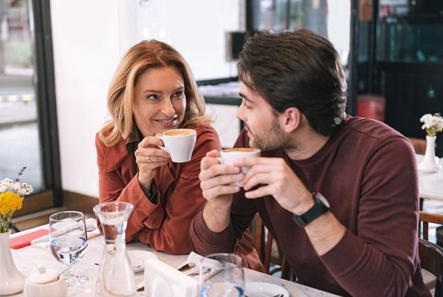 男性の本音をリサーチ!年上女性と年下男性カップルの恋愛・結婚はアリ?