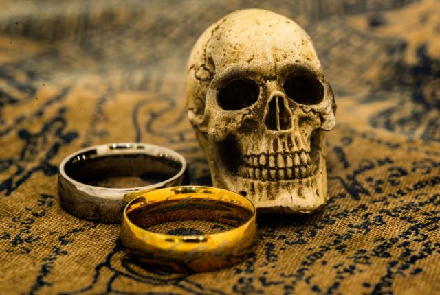 「結婚は人生の墓場」の本来の意味