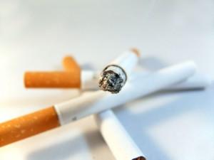タバコは婚活の敵となるのか?!
