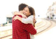 セックスレスも回避?結婚生活で大切な愛情表現は「抱きしめること」