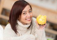 30代独身女性の平均貯金額は○○○万円!?貯め込む理由と使い道