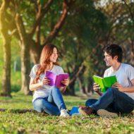 インドア派向けの婚活、お気に入りの本を推薦!「読書婚活」