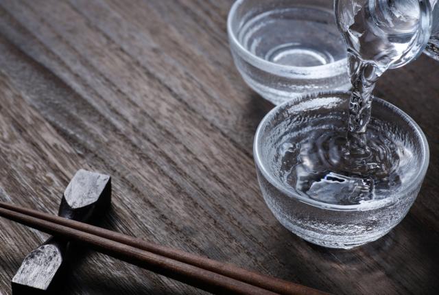 酒の好みが合えば男女の相性も良い?「KURATOMO日本酒コン」