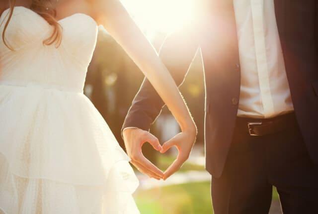 結婚相談所の利用はデータマッチング型?それとも仲介型?